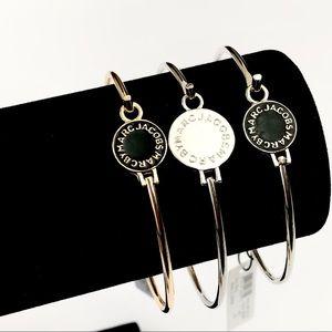 MARC JACOBS logo engraved disc bangle bracelet NWT